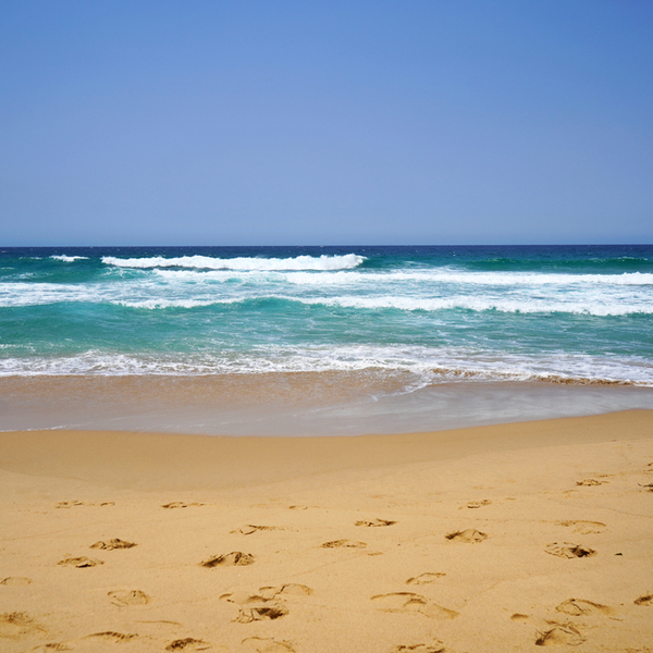 view of sand and sea at Canide Sul Beach porto