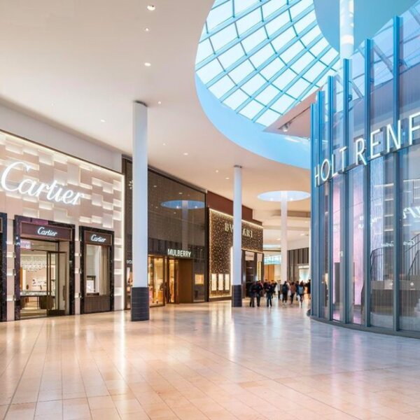 luxury stores at toronto shopping mall