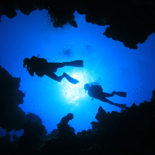 scuba diving in cave in madeira