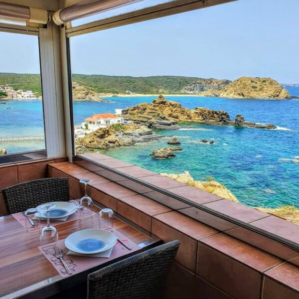 dinner with sea view at menorca restaurant