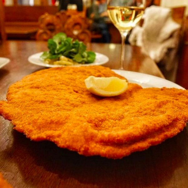 traditional lunch dishes in vienna restaurant